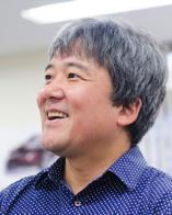 宮澤 秀右氏