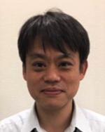 春田 勉氏