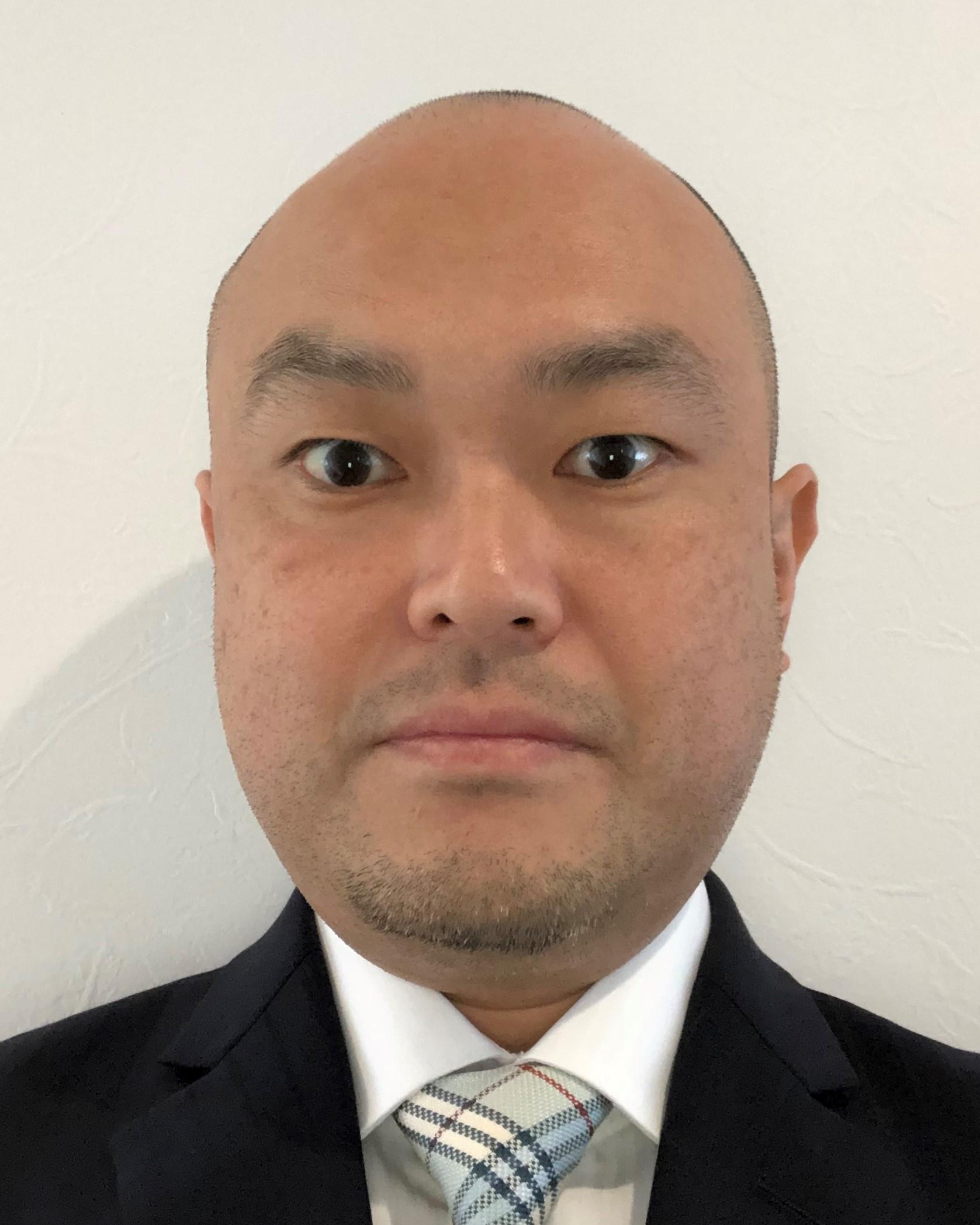 甲賀 章二朗氏